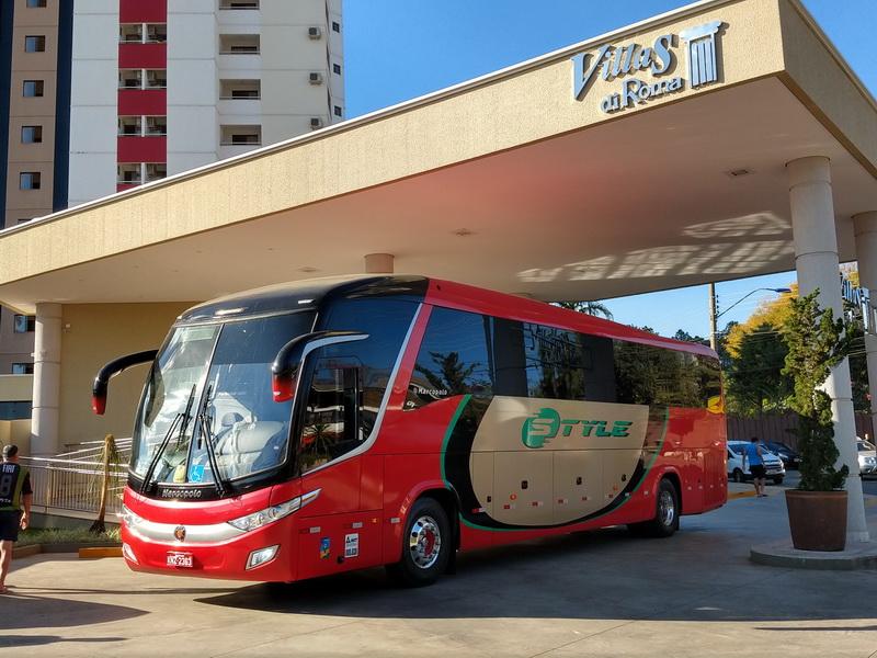 Ônibus Paradiso 1200